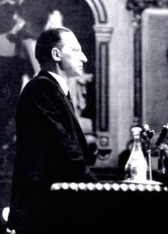 1946.08.10 - dg a parigi